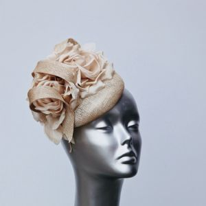 Beige flowered pillbox fascinator 16432/SD241
